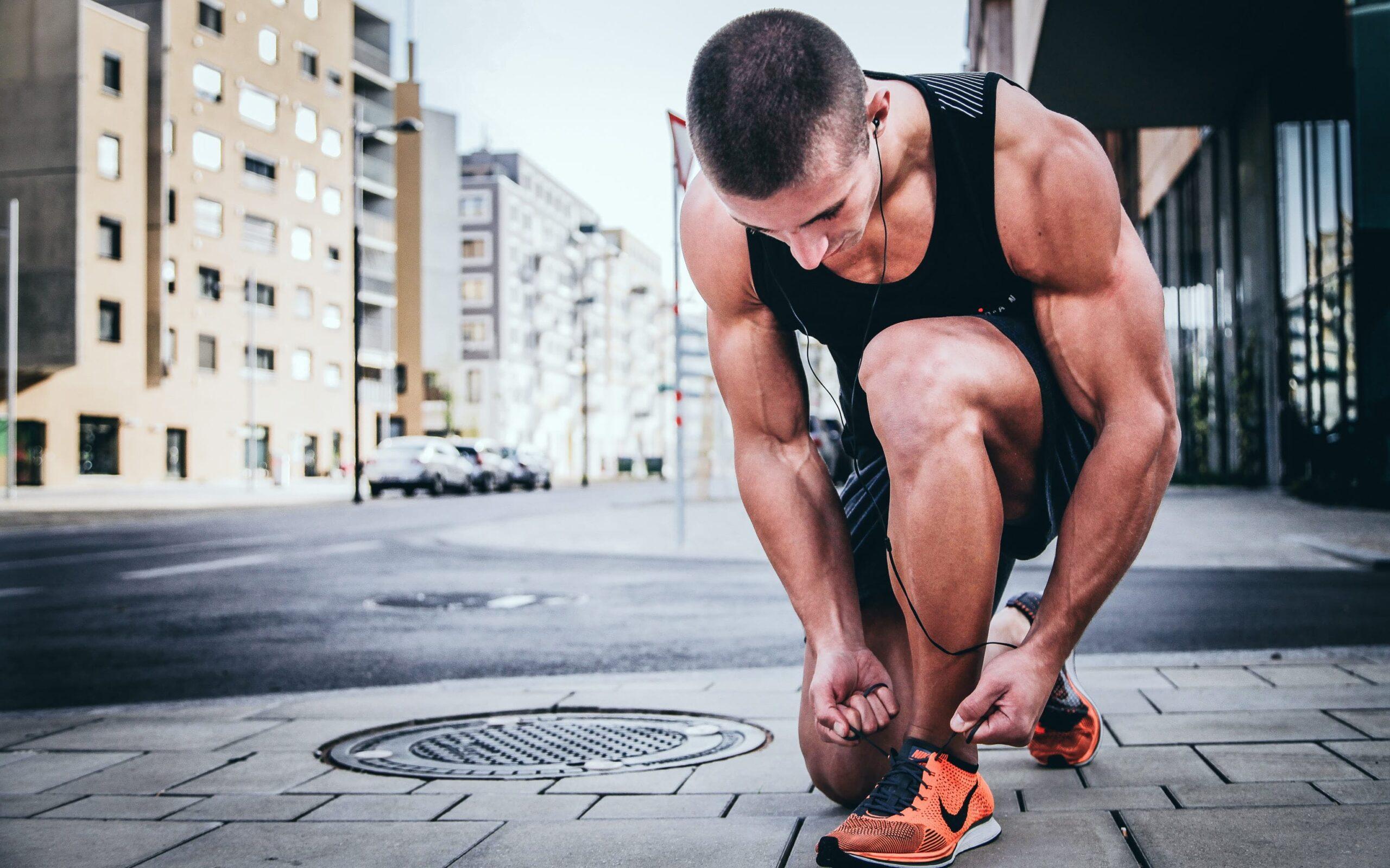workout uomo corpo libero